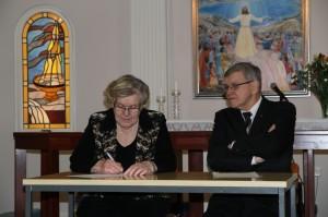 perustamisasiakirjan allekirjoitus