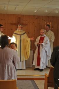 Ruotsin Missionsprovinsenin piispa Göran Beijer toimitti virkaansiunaamisen.