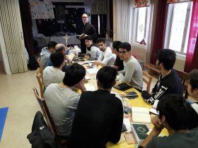 Maahanmuuttajien jatkorippikoulu kokoontui Laukaassa